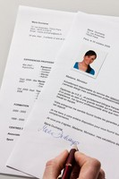 CV : Doit-on joindre une photo sur un CV ?